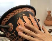 replica tiflologica impresa en 3D con los relieve de la pintura realzados
